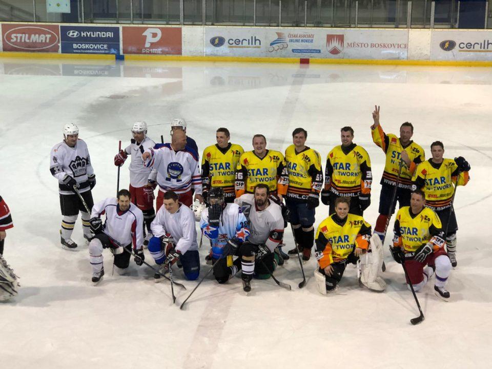 Hokejový zápas Relycon vs. D2 mont